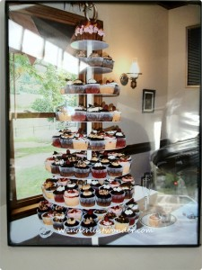 cupcake pyramid 225x300 Eating our Way Around Roanoke, Virginia