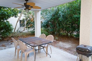 Back Patio2 300x200 Quit Yer Crab Inn or Possibly the Best Beach House in the Entire World