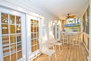 Porch2 300x200 Quit Yer Crab Inn or Possibly the Best Beach House in the Entire World
