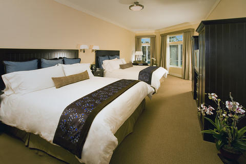 Two Queen Room. Photo courtesy of West Inn and Suites.