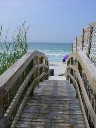 Walkway to the beach. Photo courtesy of Sterling Resorts.