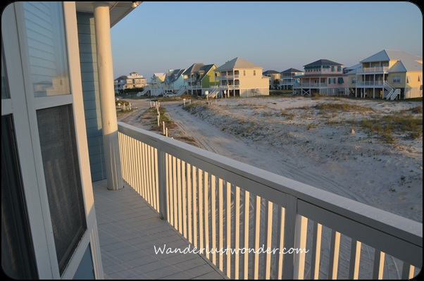 View from the little deck of other beach houses in the neighborhood.