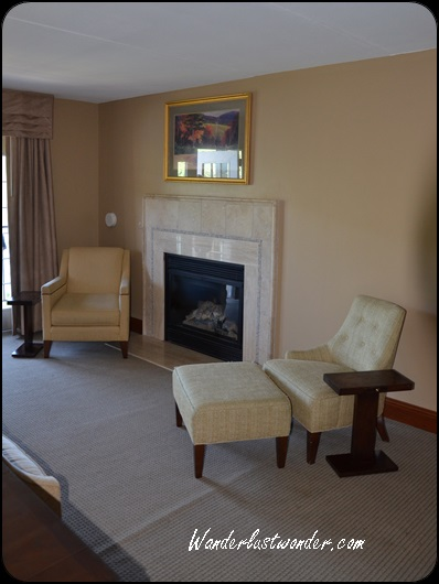 Fireplace - how great for fall and winter!