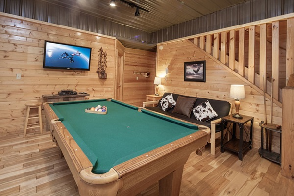 Game room - how great for families!