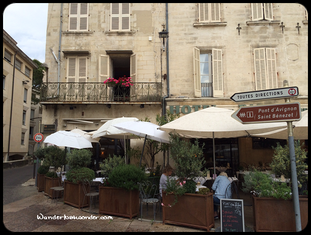 One of the many sidewalk cafes in Avignon.