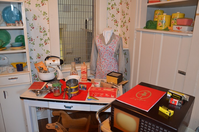Kitchen appliances and other items